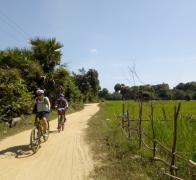 Cycle Touring in Cambodia... almost completely flat