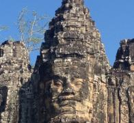 Exploring the Angkor temples. Escape Adventures