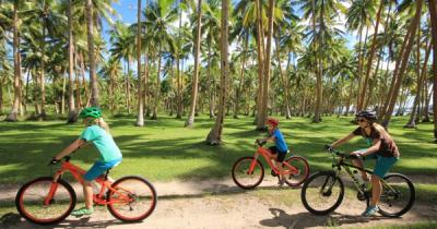 Fiji Islands Family Bicycle Tour